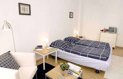 Bach - Bedroom Studio Apartment 34 Sq.m. Apartments at Schoenhauser Allee 5