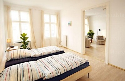 Schubert - Bedroom Studio Apartment 34 Sq.m. Apartments at Schoenhauser Allee 5