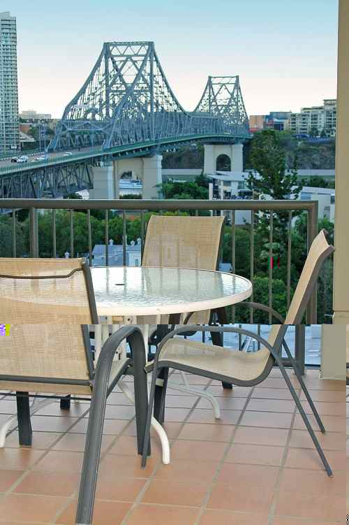 Balcony 3-Bedroom Apartment 0 Sq.m. Quest Bridgewater Serviced Apartments