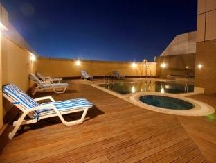 Swimming Pool 3-Bedroom Apartment 0 Sq.m. GHM Short Stay Dubai