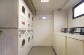 Self Service Laundrett  1-Bedroom Apartment 65 Sq.m. Hotel MyStays Akasaka