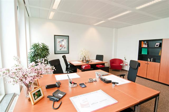 office for 5 people Serviced Offices Apartment 26 Sq.m. Ecos Office Center Munich