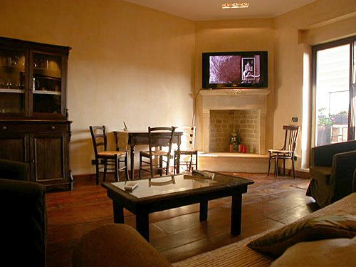 1-Bedroom Apartment Rome Apartment Via Milano (MI), Rome ...