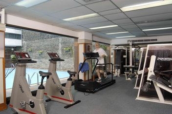 Gym Studio Apartment 30 Sq.m. Royal President Bangkok