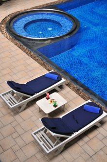 Swimming Pool Studio Apartment 30 Sq.m. Royal President Bangkok