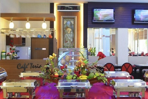 Restaurant Studio Apartment 35 Sq.m. Atrium Boutique Hotel