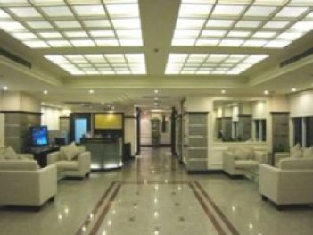 Hotel Lobby Studio Apartment 30 Sq.m. Royal President Bangkok