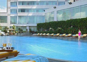 Swimming Pool Studio Apartment 53 Sq.m. Ascott Makati