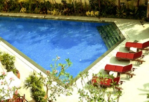 Swimming Pool 3-Bedroom Apartment  Sq.ft. Lotus at Joo Chiat Serviced Apartments
