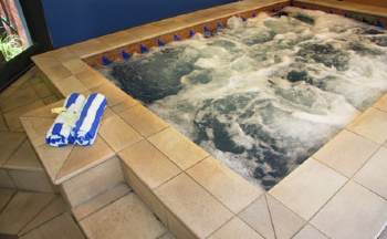 Jacuzzi 2-Bedroom Apartment 0 Sq.m. The York by Swiss-Belhotel