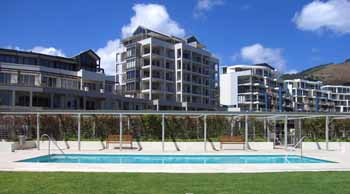Swimming Pool 3-Bedroom Apartment 295 Sq.m. Waterfront Village 