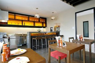 Bistro Studio Apartment 26 Sq.m. Bally`s Studio Suites Silom
