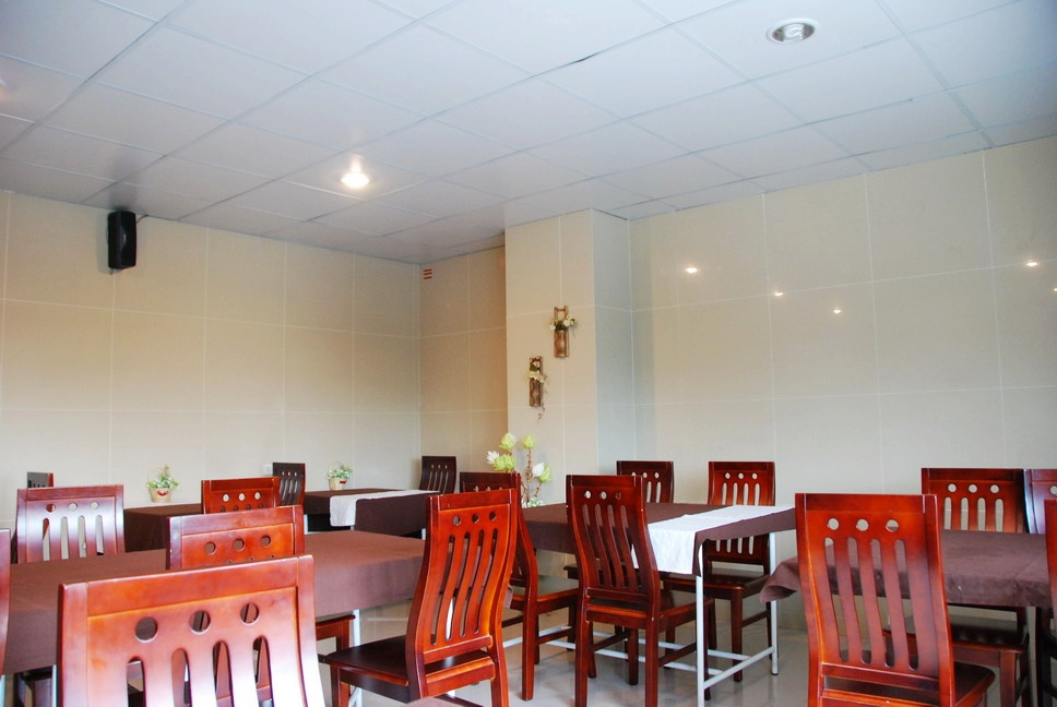 Restaurant 1-Bedroom Apartment 50 Sq.m. Sivalai Place