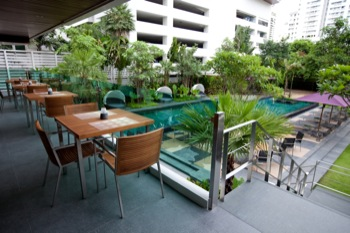 Balcony Dining 1-Bedroom Apartment 45 Sq.m. Ramada Hotel & Suite