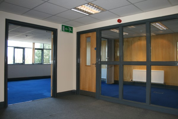 12 person and adjoinging office, Dunmurry Serviced Offices Apartment 0 Sq.m. belfastCITYOFFICE