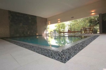 Swimming Pool 1-Bedroom Apartment 76 Sq.m. CNC Heritage Serviced Apartment