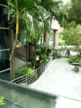 Garden 2-Bedroom Apartment  Sq.ft. Lanson Place Winsland Serviced Residences (Pet Friendly)