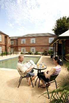 Swimming Pool 1-Bedroom Apartment 55 Sq.m. Quest Dandenong Serviced Apartments