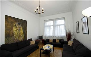 Janacek 12 - 3B Apartments AA