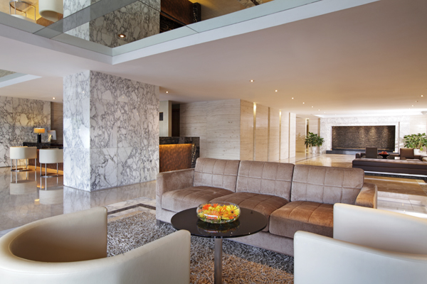 Lobby 3-Bedroom Apartment 285 Sq.m. Fraser Suites Hanoi