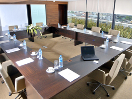 Meeting Room 3-Bedroom Apartment 140 Sq.m. Fraser Suites Sukhumvit