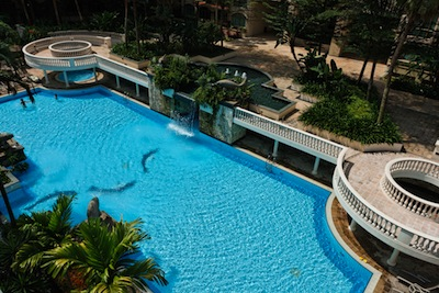 Swimming Pool 3-Bedroom Apartment  Sq.ft. Treetops Executive Residences