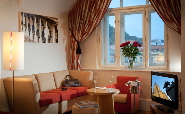 Junior Suite 1-Bedroom Apartment 40 Sq.m. Mamaison Hotel Riverside Prague