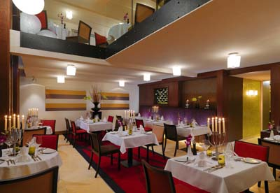 Restaurant 1-Bedroom Apartment 73 Sq.m. Sheraton Prague Charles Square Hotel