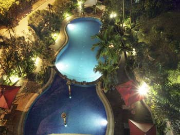 Swimming Pool (Night View) 3-Bedroom Apartment 165 Sq.m. Sri Tiara Residences
