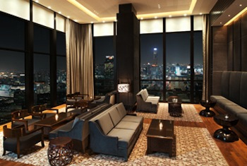 Bar 1-Bedroom Apartment 102 Sq.m. The St.Regis Bangkok