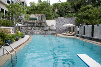 Swimming Pool 2-Bedroom Apartment 277 Sq.m. Baan Karon View Phuket 