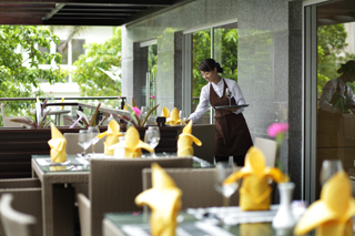 Truffles Restaurant 3-Bedroom Apartment 285 Sq.m. Fraser Suites Hanoi