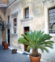 Main Picture 2-Bedroom Apartment 110 Sq.m. Rome Apartments Via del Governo Vecchio (GV)