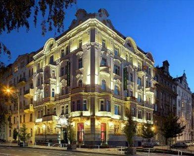 Serviced Apartments Ref: Mamaison Hotel Riverside Prague