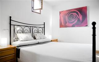Serviced Apartments Ref: Design in the centre Apartments AA