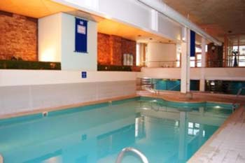 Serviced Apartments Ref: Discovery Dock Serviced Apartments