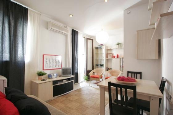 2 bedroom Barcelona Apartment +2 Balconies 50 meters to Barceloneta Beach Barcelona Sea Food Restaurants Fantastic environment. This  two-bedroom furnished apartment is 55 sq.m and is located . The ap