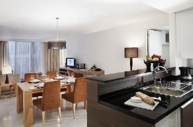 Offering 166 deluxe modern and comfortable serviced apartments consisting  of 46 studios, 85 one bedroom, 26  two bedrooms, and 9  three bedroom apartments, provides a new upscale option for top notch