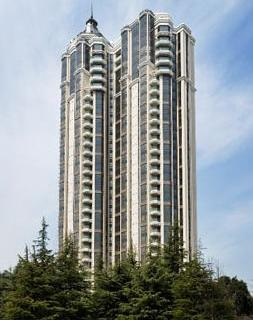3 highrise building, fully furbished and renovated in same style. This  three-bedroom furnished apartment is 220 sq.m and is located . The apartment has 2 bathroom. The minimum length of stay for this