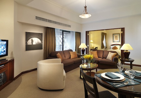 Lanson Place Ambassador Row Residences feel just like home with a wonderful atmosphere of peace and tranquillity where everything is taken care of and everything is close at hand. The only thing to do