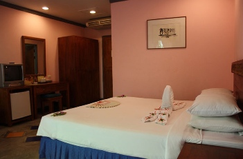 Deluxe King Room Studio Apartment 28 Sq.m. Andatel Patong Phuket