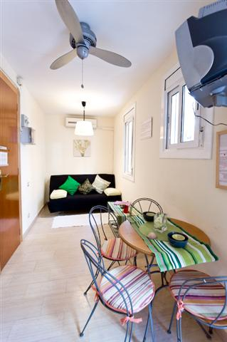 Room 1 1-Bedroom Apartment 38 Sq.m. Barcelonetta Beach Apartments AA
