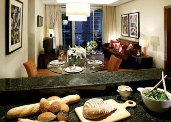 Ascott Sathorn Bangkok apartments have 177 luxurious residences that range from studios to one-bedroom, two-bedroom, and three-bedroom suites. The property provides every comfort of a private home and