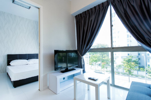 This  two serviced apartment is 360 sq.m ,  and can sleep 2 people maximum.  The apartment has 1 bathroom. The minimum length of stay for this apartment is 6 Month(s).