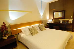 There are three types of accommodation available at the hotel, comprising of Studio, Seaview Studio and Deluxe Seaview. All of our guest rooms have been carefully designed to ensure our guests of maxi