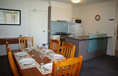 Dinning area & kitchen 1-Bedroom Apartment 74 Sq.m. Bayviews at Southbank