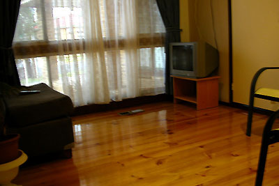 Living area 1-Bedroom Apartment 45 Sq.m. Central City Accommodation - Melbourne Western Suburbs (Albanvale)
