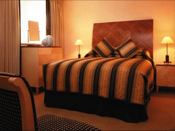 Cheval Calico House is ideal for Business traveller. It is conveniently located in the heart of financial district in London as St. Paul Cathedral, the Tate Modern Art Gallery, and the Tower of London