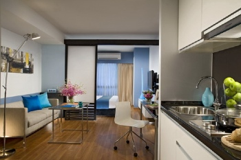 Bright and contemporary, the Citadines Sukhumvit 11 is the place to stay in Thailand on business or leisure. Located ideally along Sukhumvit Road, the residence is surrounded by businesses as well as