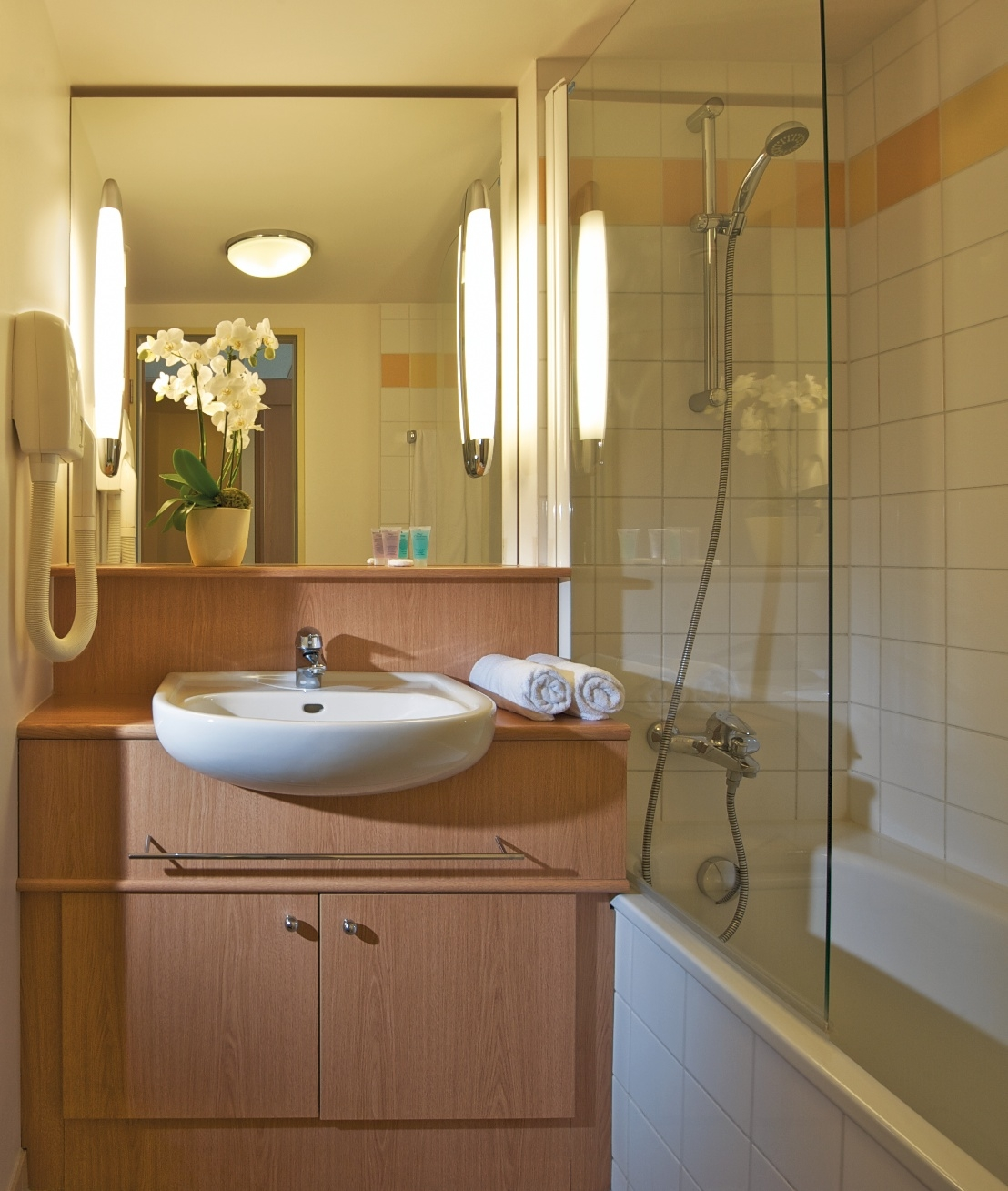 Bathroom Studio Apartment 25 Sq.m. Citadines Berlin Kurfürstendamm